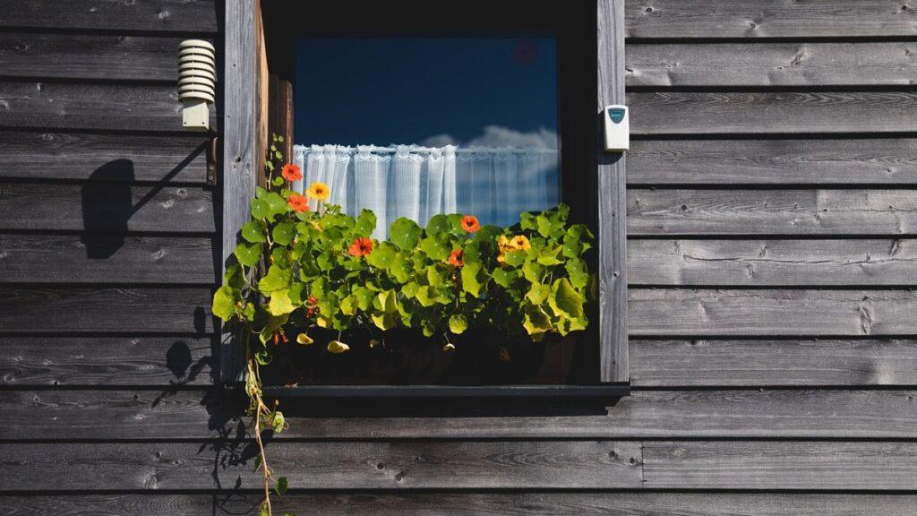 外壁塗装で手抜き工事をする動機は『手間代』